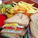 コンラッドバリのクラブサンドイッチ