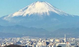勝上献から富士山